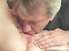 Amateur housewife slut squirts first time on camera
