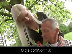 Bus Blond Freundin Alter Mann