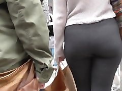 voyeurslut69 - long walk behind bubble butt grey leggings girl
