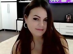 cute 18 years old flashing pussy on live webcam