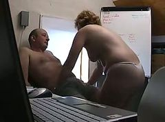 Mature fat chick gets fucked