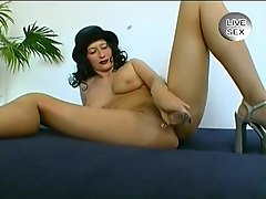 A Leggy Babe Cums On Her Favorite Toy