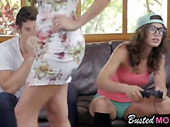 julia and alexa step mom threesome fuck doggy style