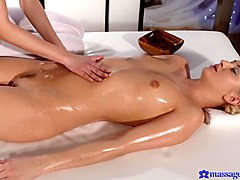 Kayla & Paula in G-Spot Orgasm For Horny Lesbian Girl - MassageRooms