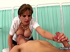 unfaithful british mature lady sonia flashes her monster boobs segment
