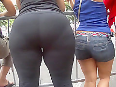 Candid Big Butt - Mature Ass Voyeur - Street Booty