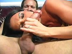 Jennifer gets herself wet and sucks on his cock for a facial
