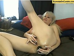 blonde mature goes all crazy in all holes on webcam