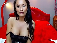 Round ass busty slut showing her hot ass and pussy on webcam