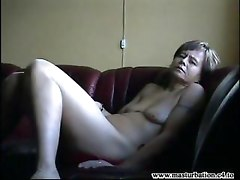 Mature Mom Showing Body And Orgasm