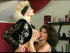 Dolly Buster 11 Lesbian Fisting